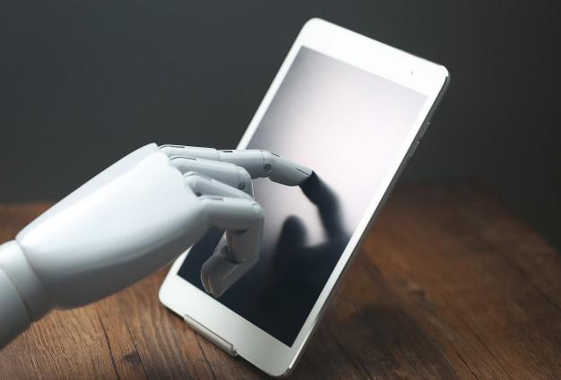 Como inteligência artificial e chatbots estão revolucionando nosso trabalho